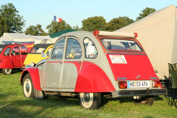2CV Dolly Grau Rot