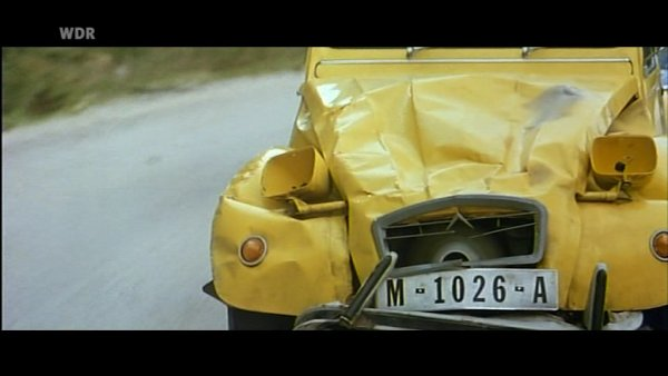 Verfolgungsjagd James Bond 007 im 2CV