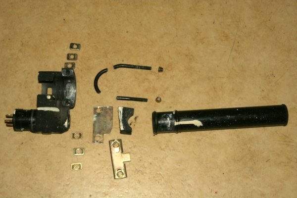 2CV steering lock disassembled