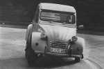 Car reviews of the Citroën 2CV